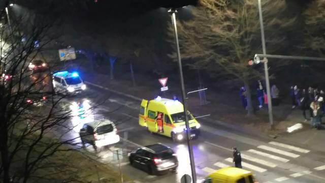 Autom udarila djevojku (19) na 'zebri': Pješakinja je u bolnici