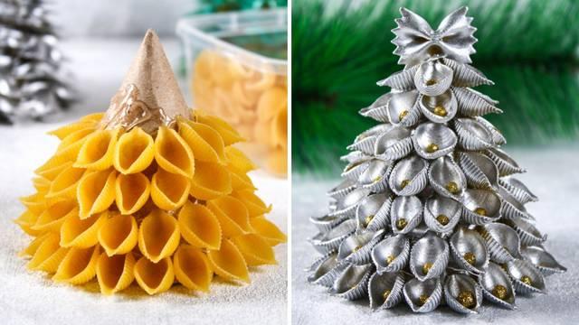 Napravite malo božićno drvce od tjestenine ili starih novina