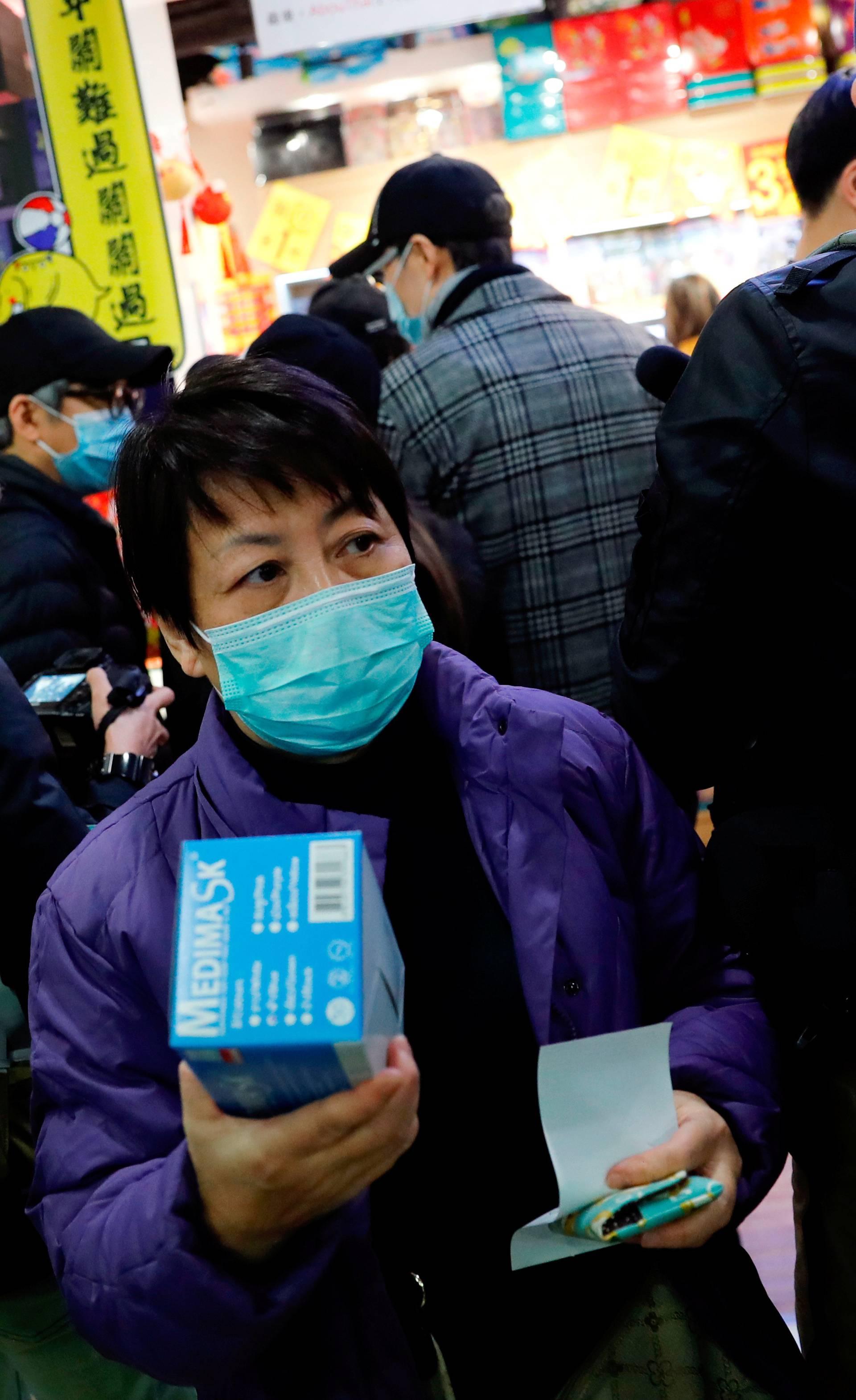 U jedan dan od 'korone' umrlo 57 ljudi, liječi ga lijek za HIV?