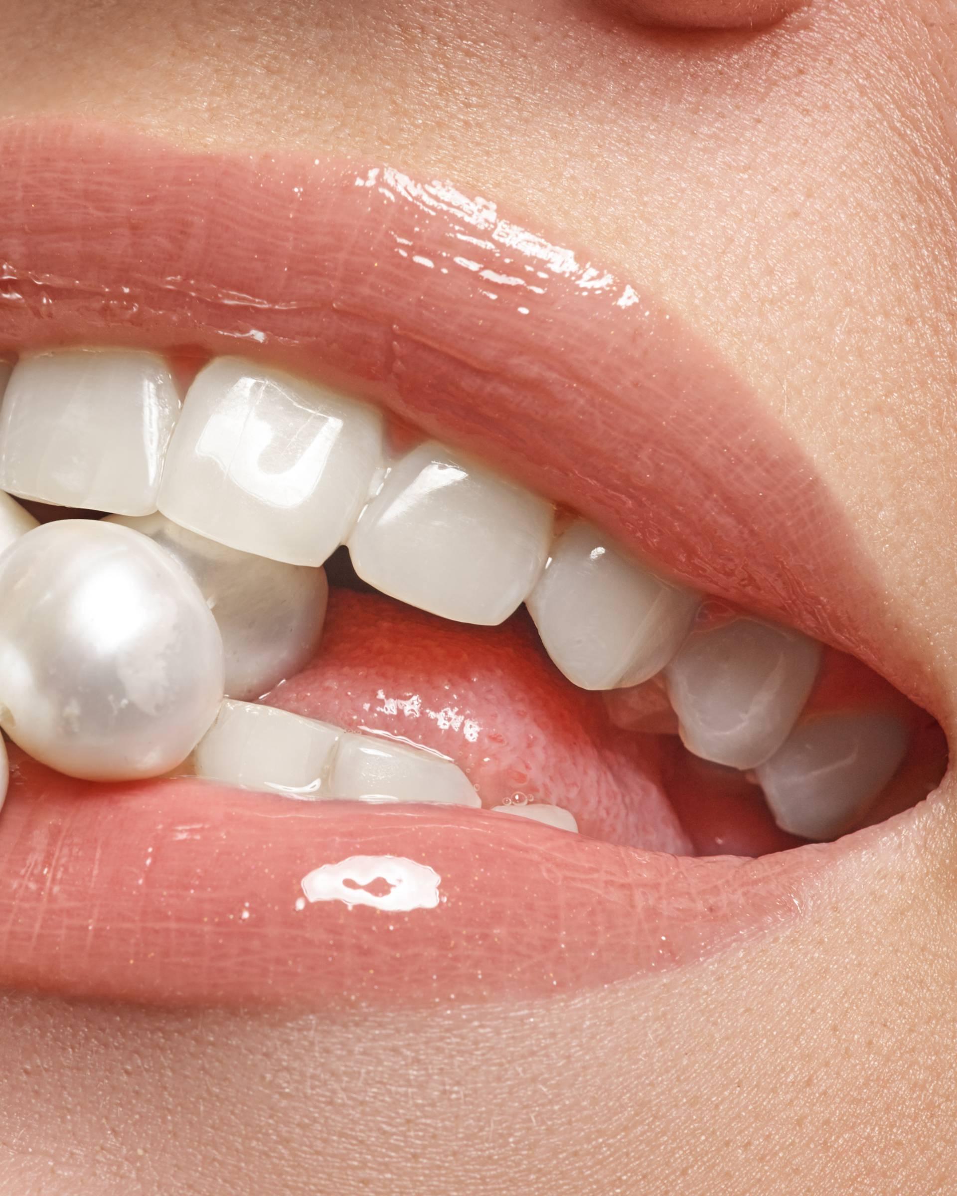 Higijena usta: Aktivni ugljen i kremen štite zube od kvarenja
