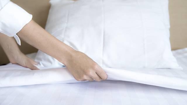 Za doista čist krevet, posteljinu bi trebalo prati svaki tjedan, ali i pri tom usisavati madrac