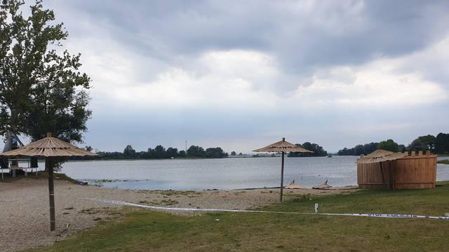 Ronioci GSS-a iz jezera kod Koprivnice izvukli su tijelo