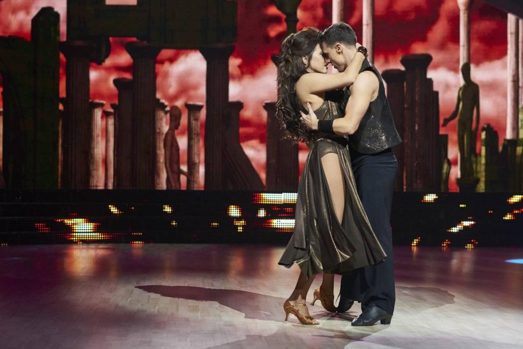 Ovo je najgledaniji ples sezone: Nives i Mateo su se poljubili...