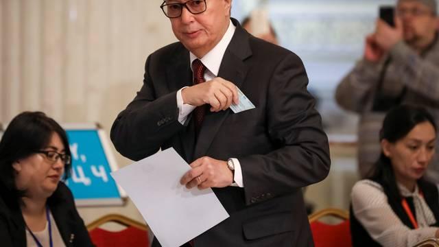 Kassym-Jomart Tokayev, Kazakhstan's President and presidential candidate, votes during presidential election in Nur-Sultan