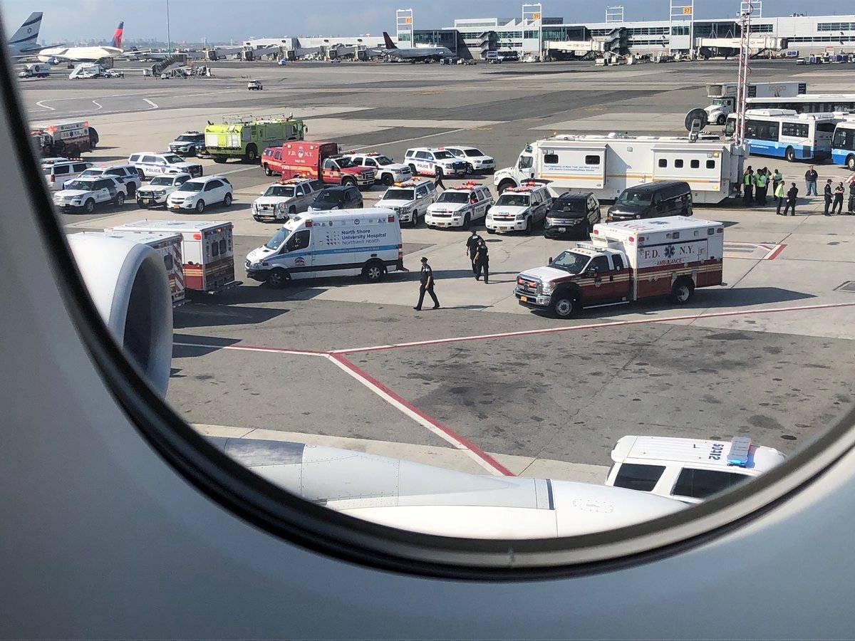 Passengers taken ill on Emirates plane in New York