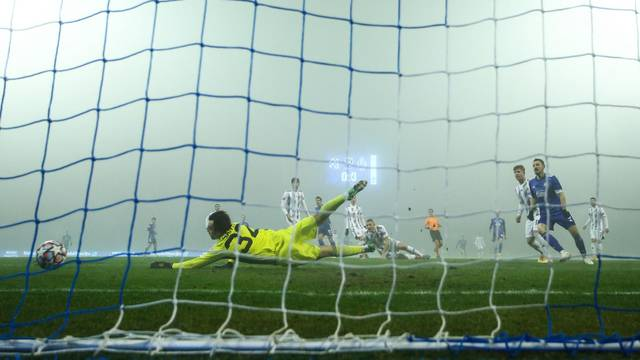Lokomotiva bez šanse: Dinamo je 'isprao' poraz od Šibenika, a  Atiemwen je opet zabio...