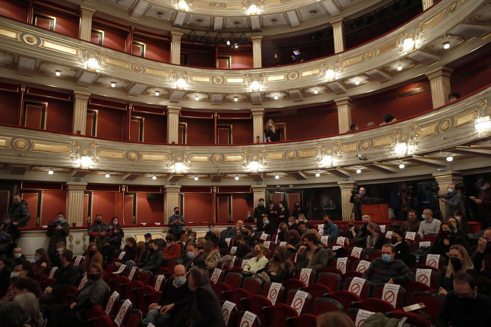 Commemoration of actor Boris Komnenic held at The big stage of the National Theater. Komemoracija glumcu Borisu Komnenic odrzana na Velikoj sceni Narodnog pozorista