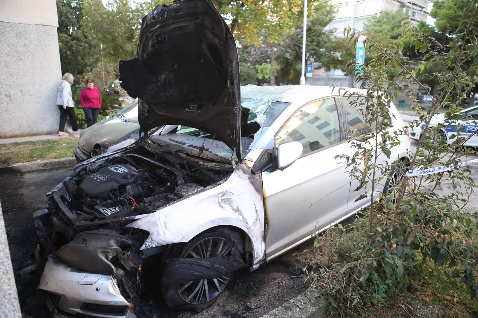 Zapalili joj automobil u Splitu, u srpnju joj slomili noge i ruku