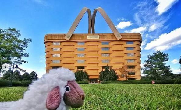 Otvara se hotel u velikoj piknik košari od sedam katova u Ohiju
