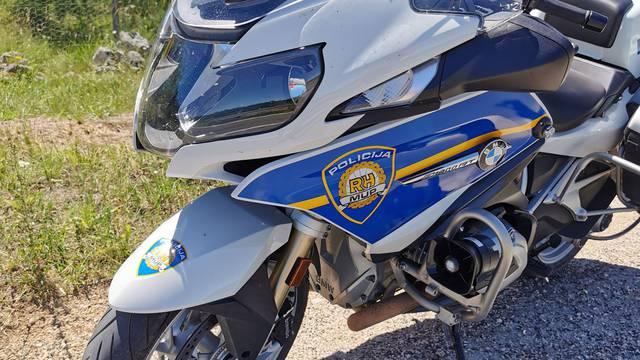Istarski ipsilon: Talijan projurio motociklom, vozio 221 km/h!