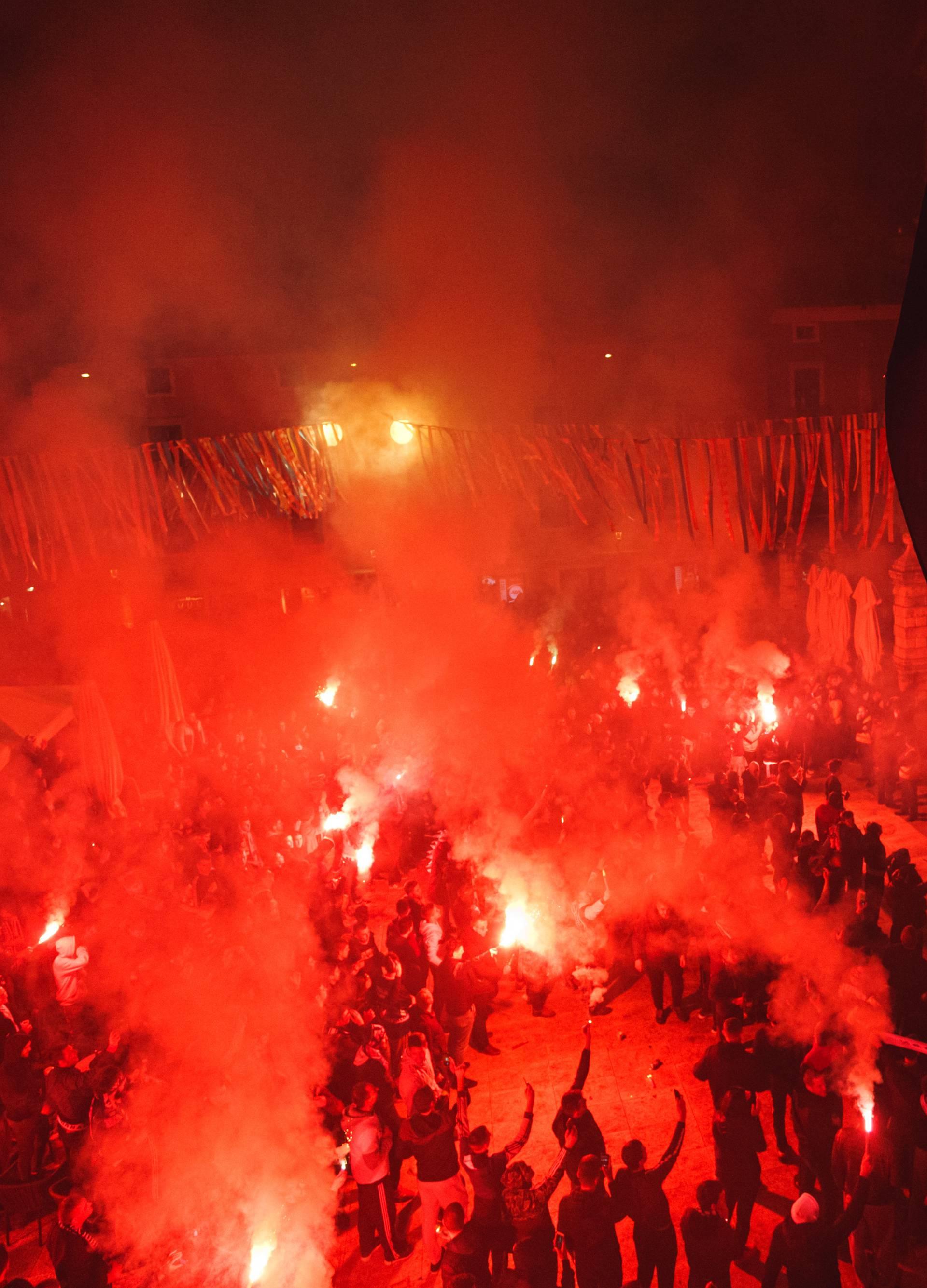 Krvavo smo ovo izborili: Zadar burno proslavio osvajanje Kupa