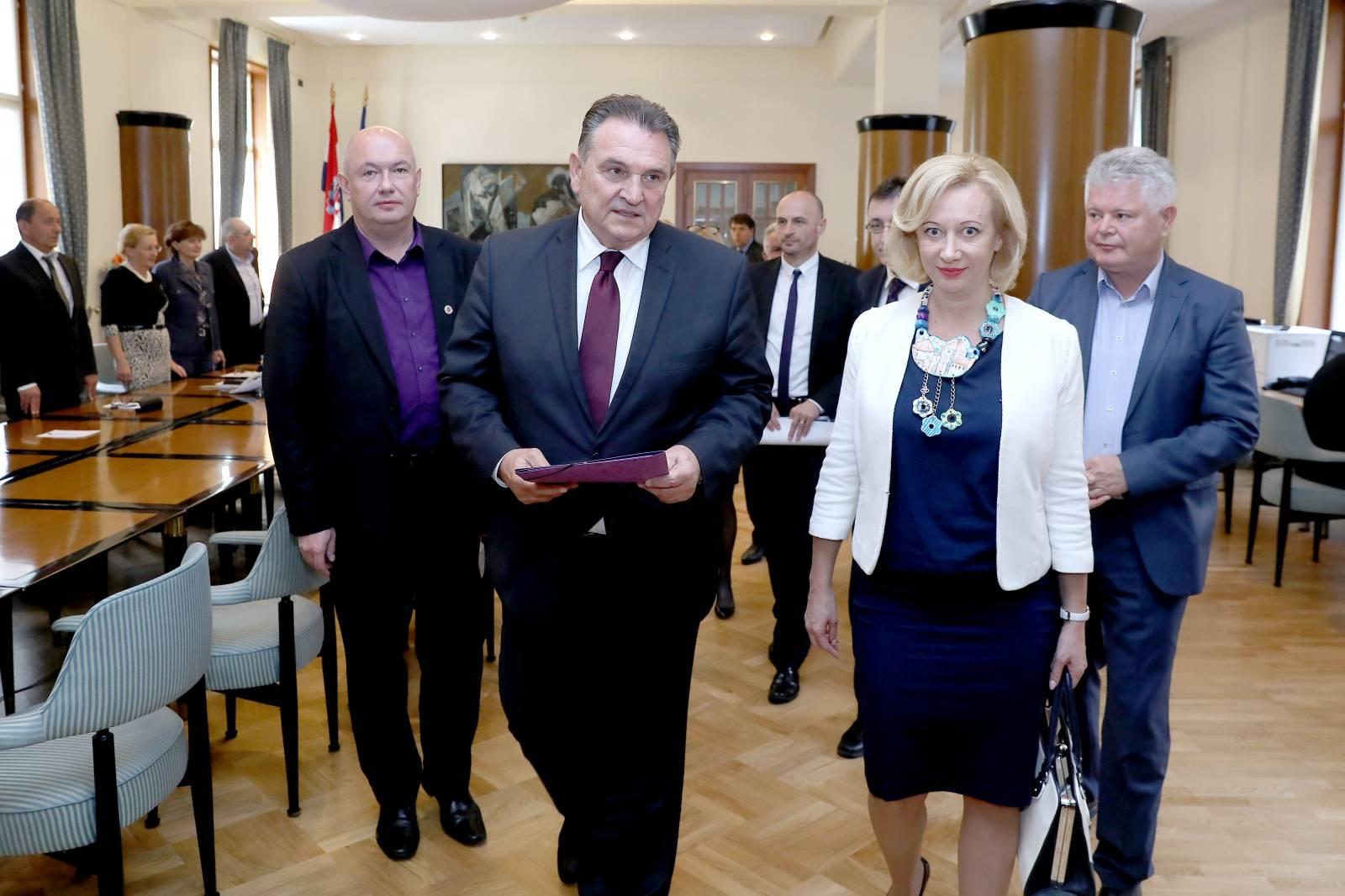 Zagreb: Narodna stranka - Reformisti predala kandidature za EU parlament