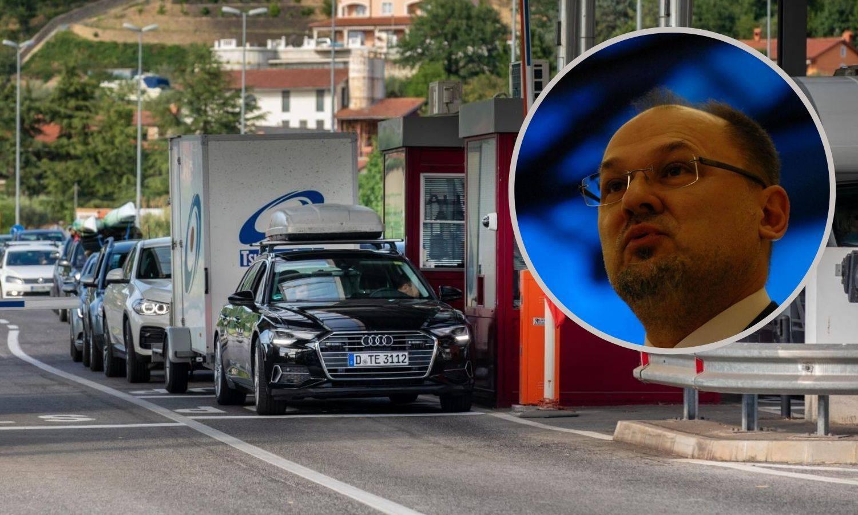 Na granicama još nema gužvi, Kacin opet kritizirao Hrvatsku