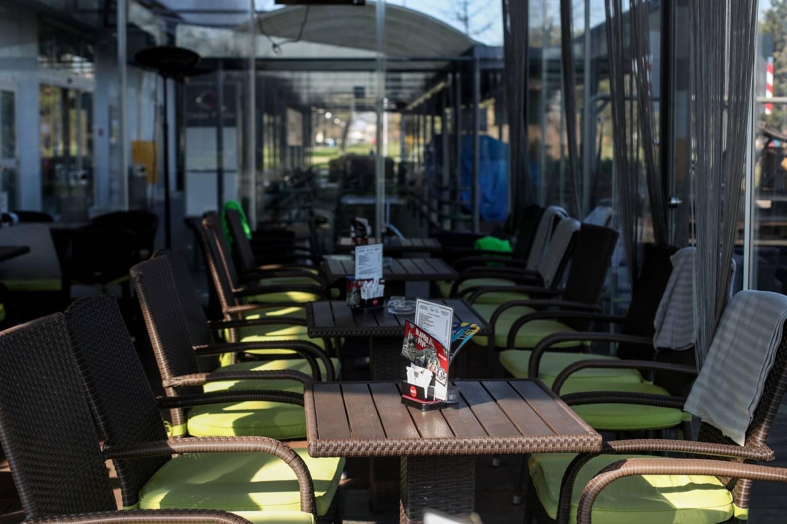 Zagreb: Na snagu stupila zabrana ugostiteljskim objektima i uslužnim djelatnostima