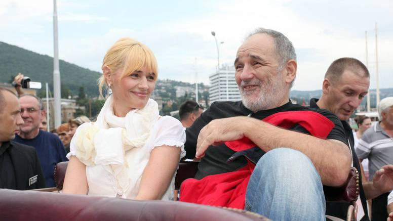 Balaševićeva udovica uručila je milijunsku donaciju:  'U teškim danima, mirna sam kao roditelj'