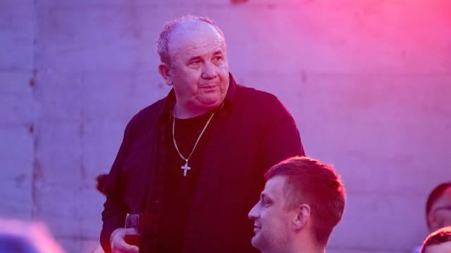 Split: Željko Kerum organizirao druženje s građanima uz pjesmu na Zapadnoj obali
