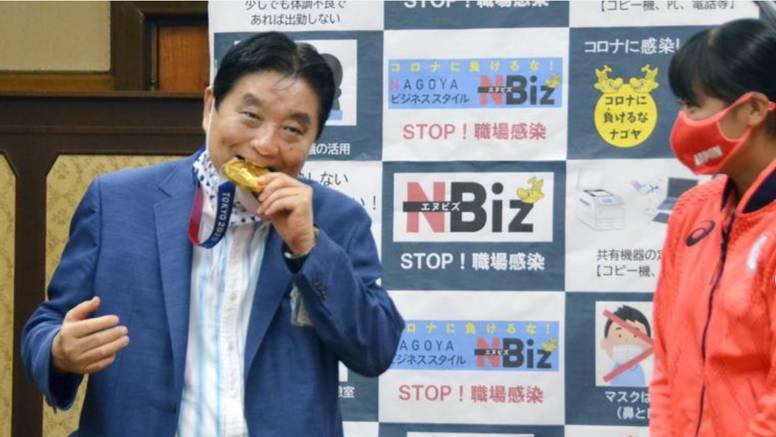 Japanski gradonačelnik izgrizao medalju olimpijki: Tražila novu