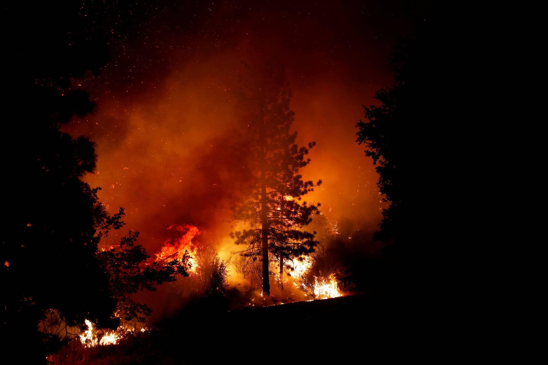 Veliki požari haraju Amerikom