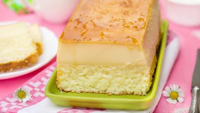 Čarobni kolač s tri sloja: Ovaj desert obavezno morate probati