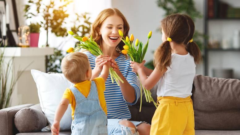 Razmišljate li kako razveseliti mamu za Majčin dan? Donosimo vam nekoliko fantastičnih ideja