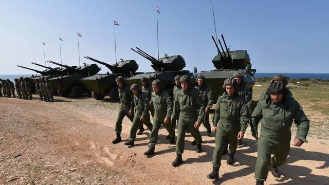 Pahor podržao ideju: Slovenija šalje 500 vojnika na granicu?