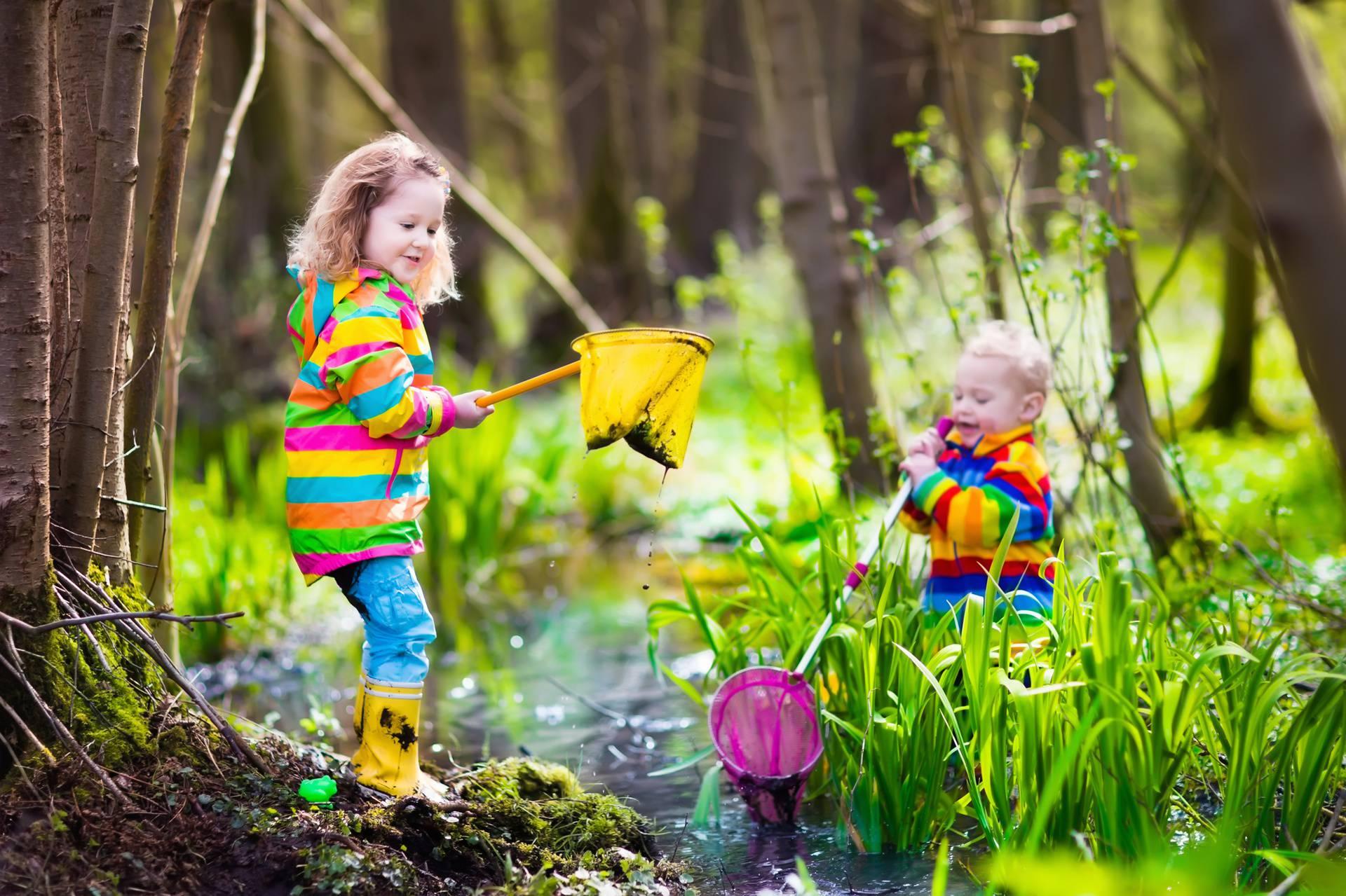 Nema ničeg boljeg za razvoj vida u djece od boravka vani