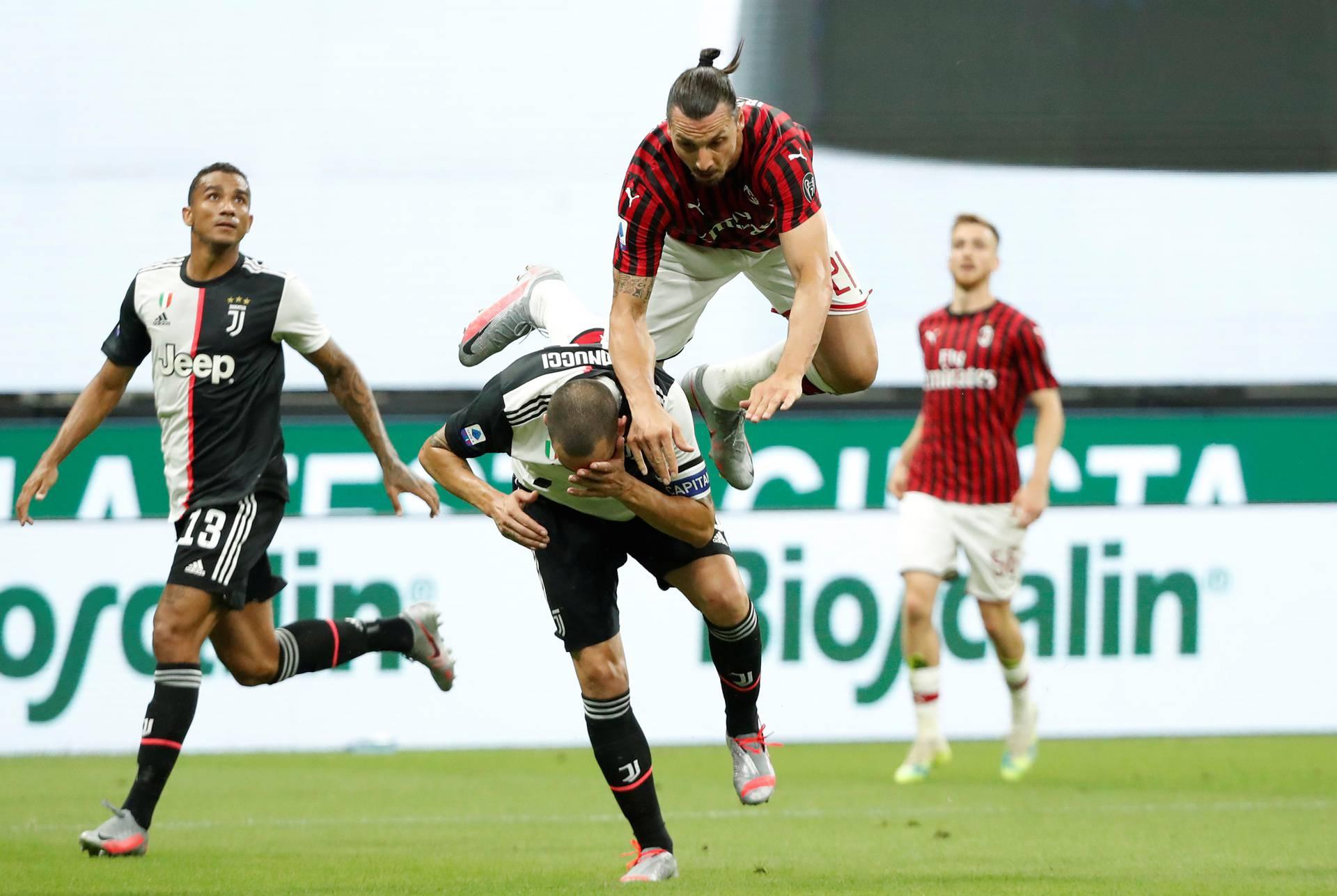 Serie A - AC Milan v Juventus