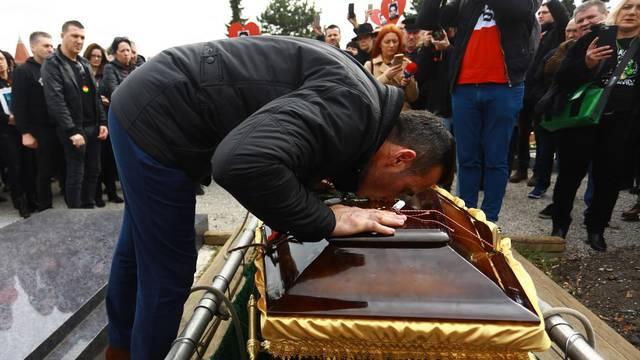 'Teže mi je sada nego kad sam  prvi put sahranjivao Davida...'