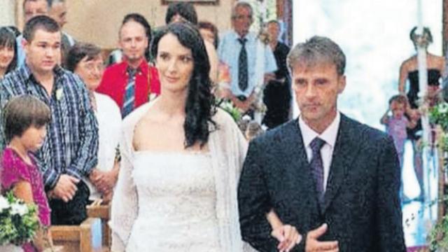 Ravnatelj zaposlio kćer u školi u Zagvozdu, a ovako se pravda: 'Pa nije mi više kći, udala se'