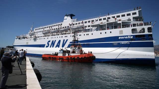 Brod Aurelia ostaje u Splitu pa ide na popravak u Brodotrogir
