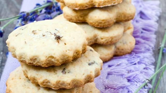 Recept za kekse s lavandom kakve niste jeli - prhki i mirisni