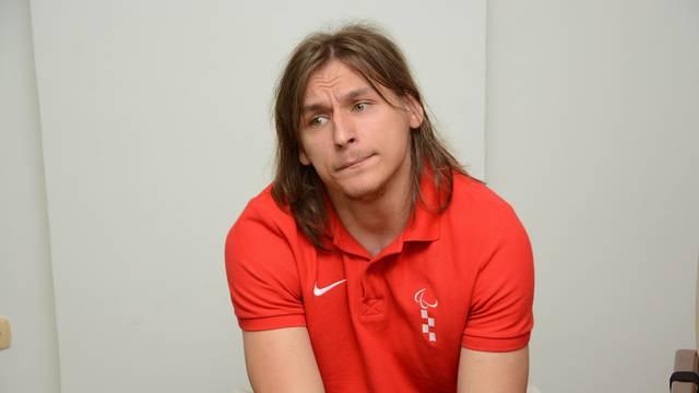Bjelovar: Paraolimpijac Deni Černi na primanju kod župana Damira Bajsa