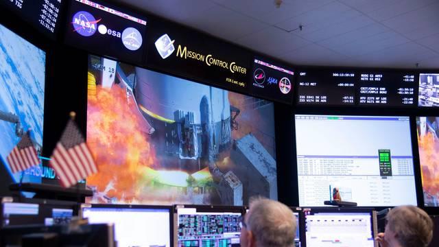 Prema ISS-u poslali raketu, nosi četiri tone opreme i hrane
