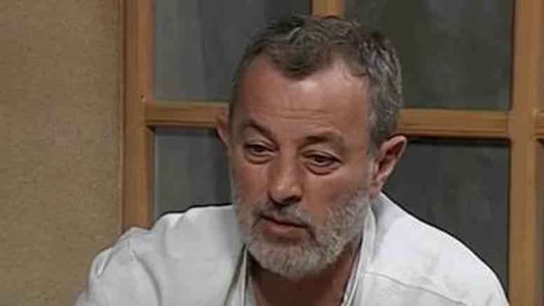 Ukinuli pritvor srpskom učitelju glume Miki Aleksiću, terete ga da je silovao više djevojaka
