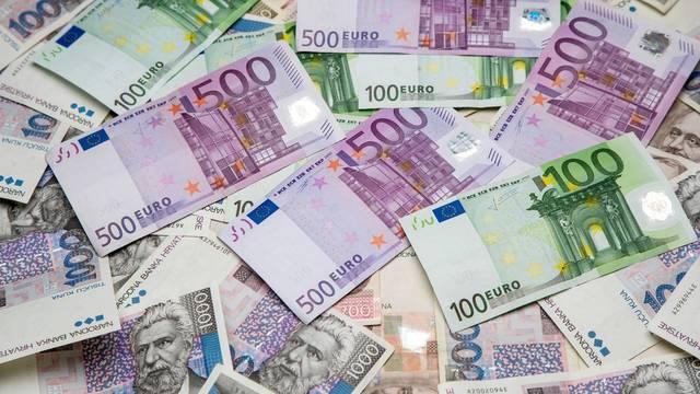 Jačanje tečaja eura u odnosu na kune