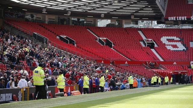 Manchester United v AFC Bournemouth - Barclays Premier League
