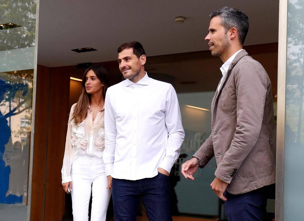 Spanish soccer player Iker Casillas leaves CUF Porto hospital accompanied by his wife Sara Carbonero in Porto