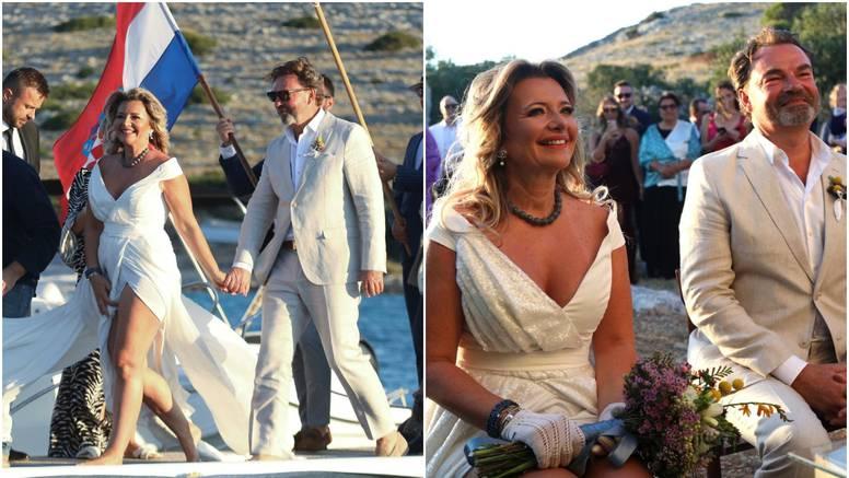 Snježana stigla bosonoga, držeći Franza za ruku nakon vjenčanja rekla: 'Idemo piti'