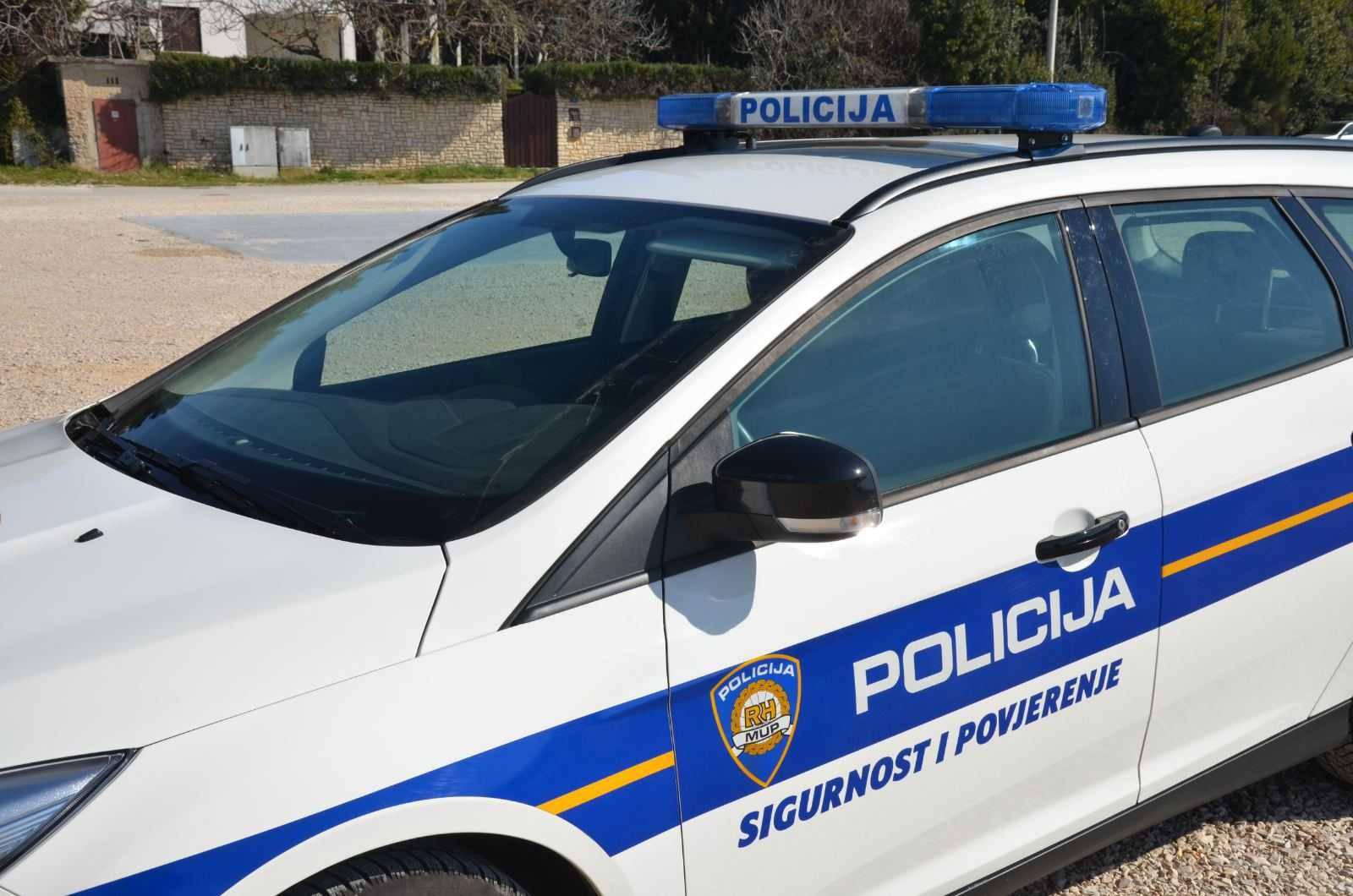 Varaždin: Vozio pijan bez položenog vozačkog ispita