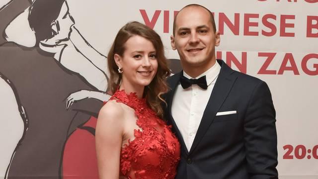 Vjenčanje u sportskoj dvorani: Gimnastičar Možnik se oženio
