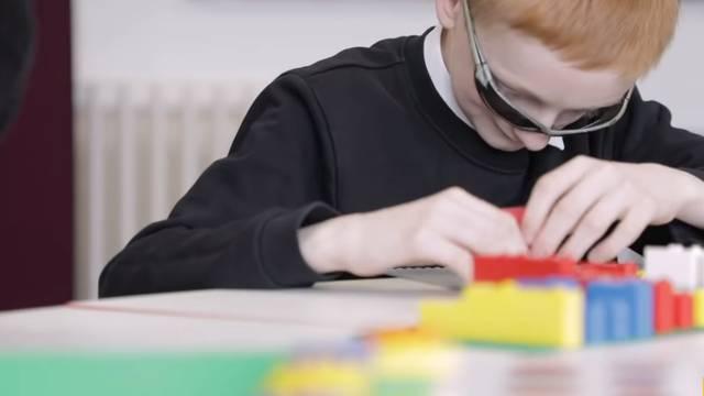 Za slijepu djecu napravili Lego kockice na Brailleovom pismu
