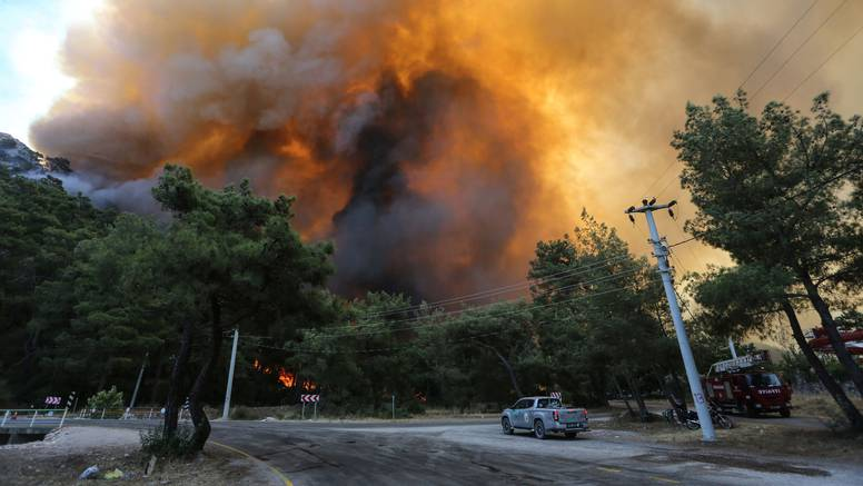 U Turskoj bar šest šumskih požara još uvijek izvan kontrole