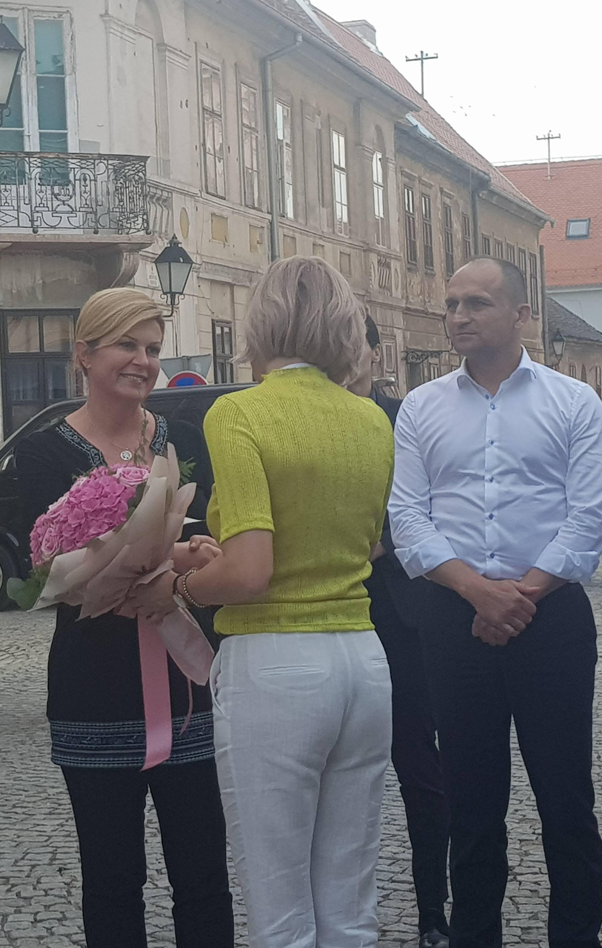 Predsjednica obišla tri tvrtke u Osijeku i uživala u koncertu