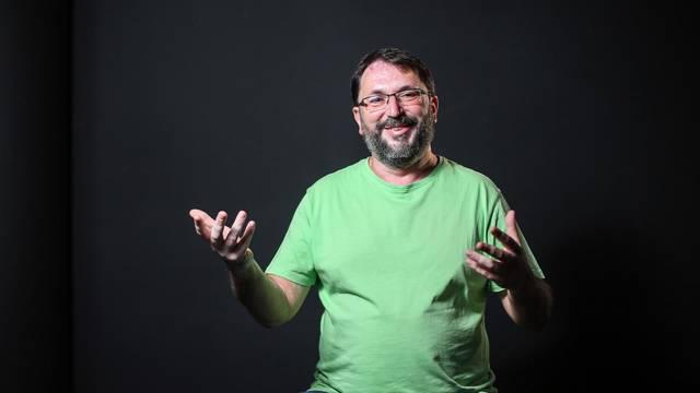 Samohrani tata Nikola: Nemam vremena za pasti u depresiju!