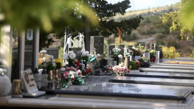 Do 1. lipnja ekshumirat će 70 pokojnika sa šibenskog groblja
