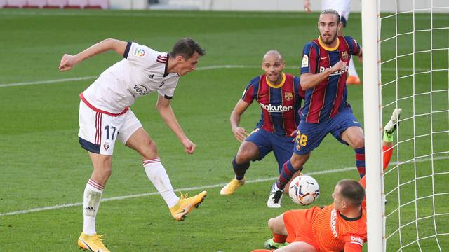 La Liga Santander - FC Barcelona v Osasuna