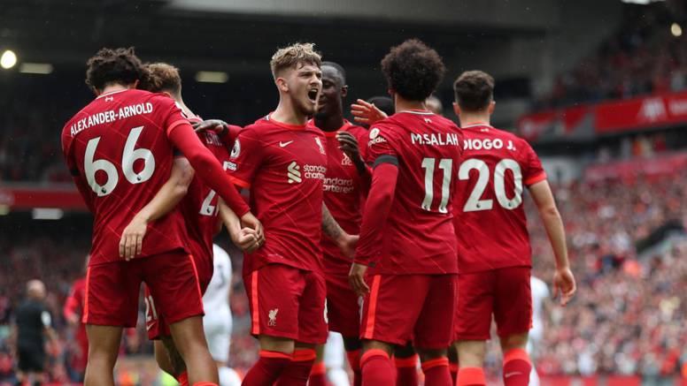 Liverpool pred punim tribinama svladao Burnley i zasjeo na vrh!