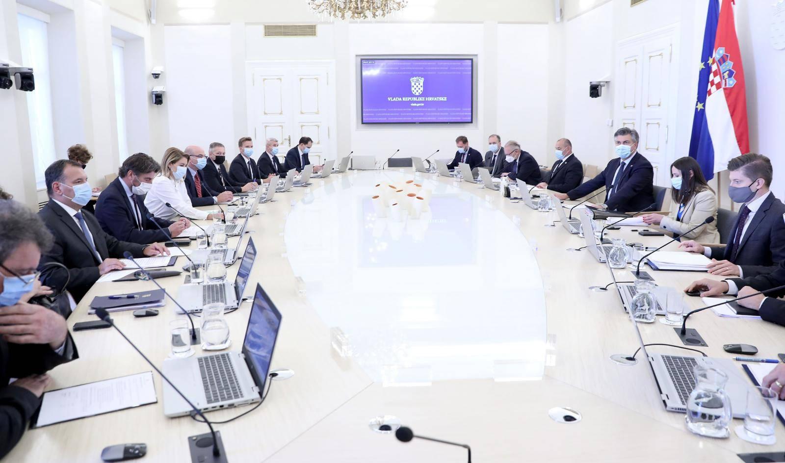 Zagreb: Vlada sjednicu započela o aktualnom stanju o koronavirusu u Hrvatskoj