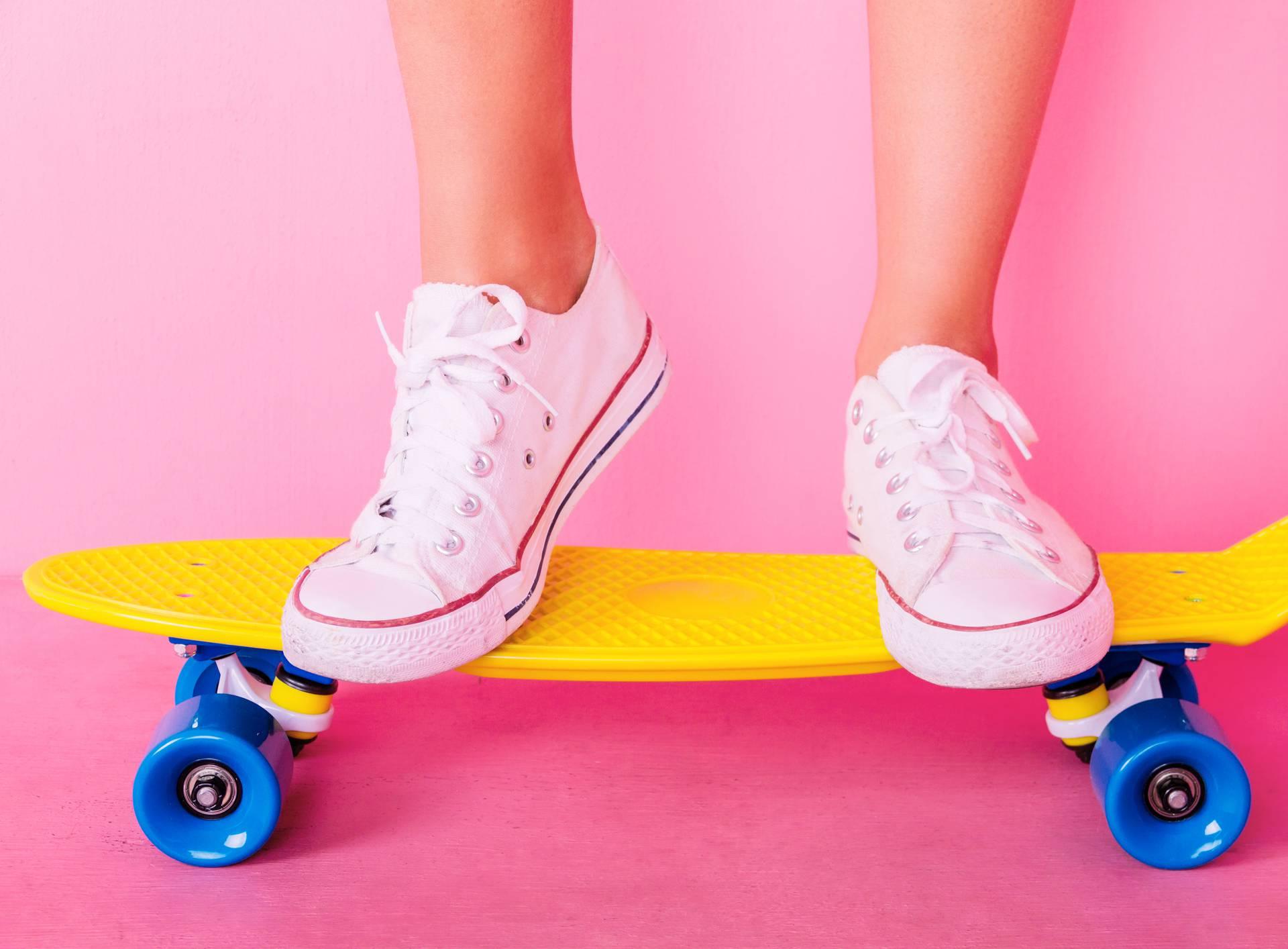 Extrem girl with skateboard