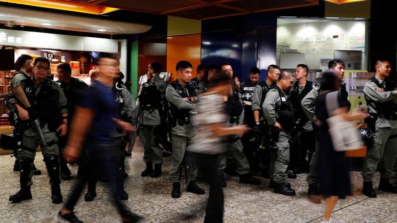 Prosvjedi: Hongkonški studenti i učenici počeli bojkot nastave